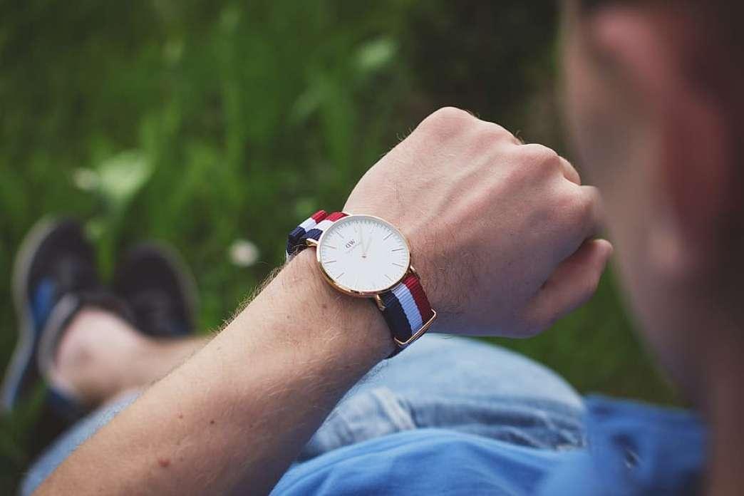 Pogled na sat
