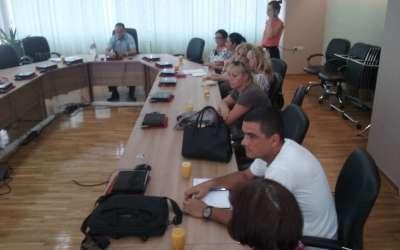 Sastanka u Gradskoj upravi na temu uvođenja romskog jezika u škole