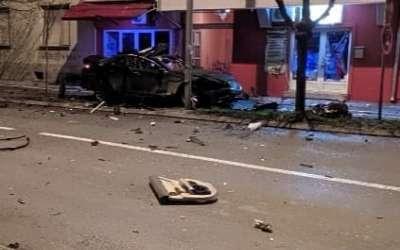 Auto eksplodirao