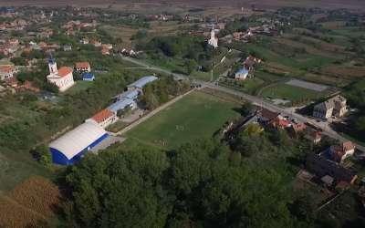 Škola i crkva u Dolovu