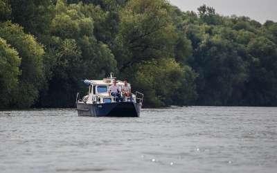 Dubav čamac