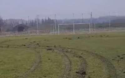 Izrovan fudbalski teren u Kladovu