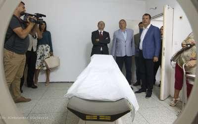 Igor Mirović u poseti pančevačkoj bolnici