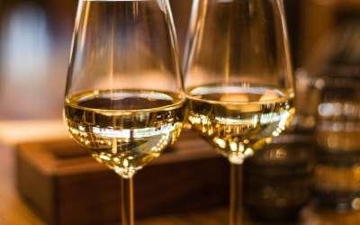 Vino u čaši